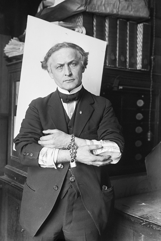 Harry Houdini in 1918.